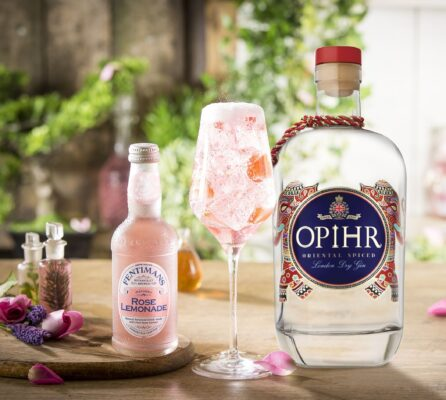 Opihr Fentimans gin + fentimans rose lemonade gratis